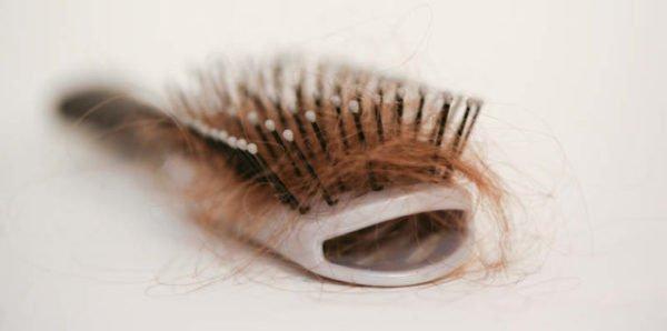 волосы на расчестке