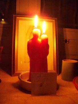 С свечей