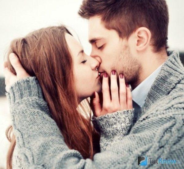 сонник бывший парень поцеловал в губы
