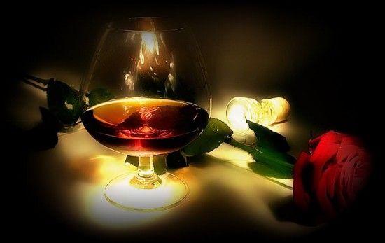 свечи и вино