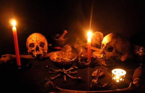 на свечу