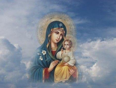 богородица в облаках