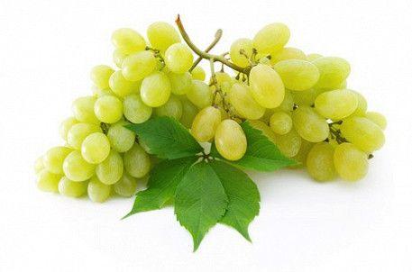 Белая виноградная гроздь