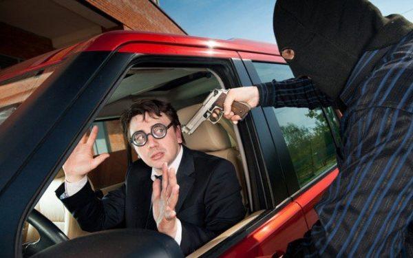 сновидец угоняет чужой автомобиль