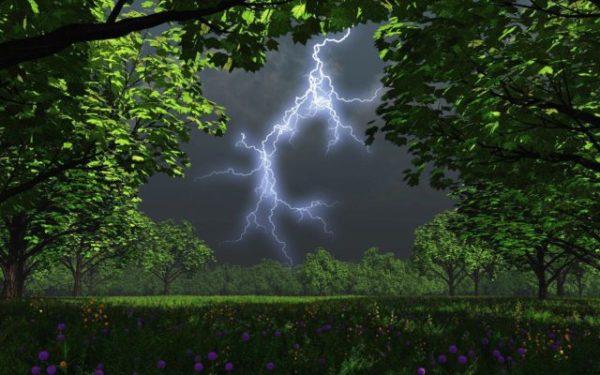небо озарила молния во сне