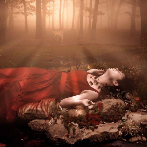 к чему снится труп женщины