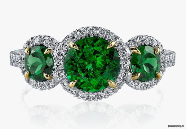 What kind of stone tsavorite (tsavorite): magical properties and who is suitable?